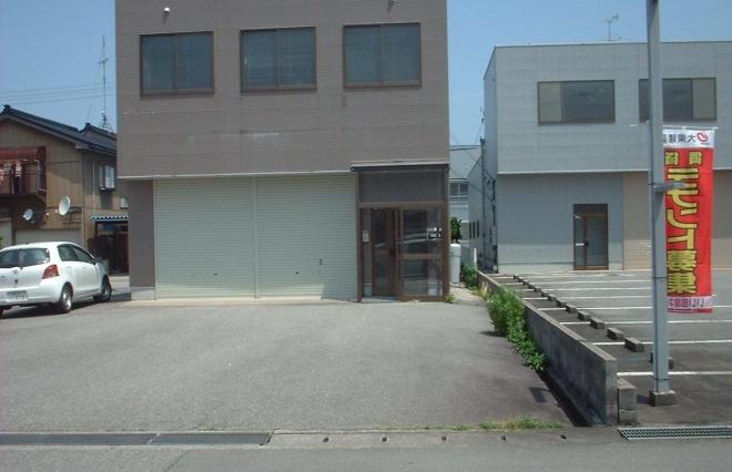 中村テナント 1棟貸|富山市赤田